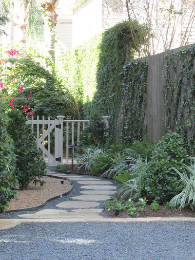 Traditional Garden by August Landscape Design