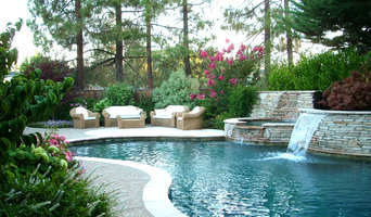 Intimate Pool,Spa, & Outdoor Living Space