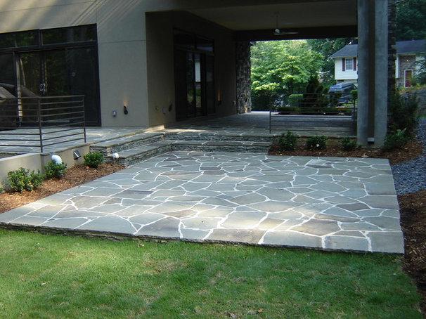 Modern Patio by Botanica Atlanta | Landscape Design-Build-Maintain