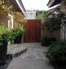 asian entry by Studio H Landscape Architecture