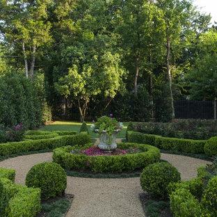 Idéer för en stor klassisk formell trädgård, med grus