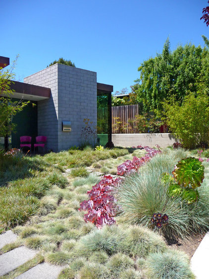 Contemporary Landscape by Kiesel Design - Landscape Architecture