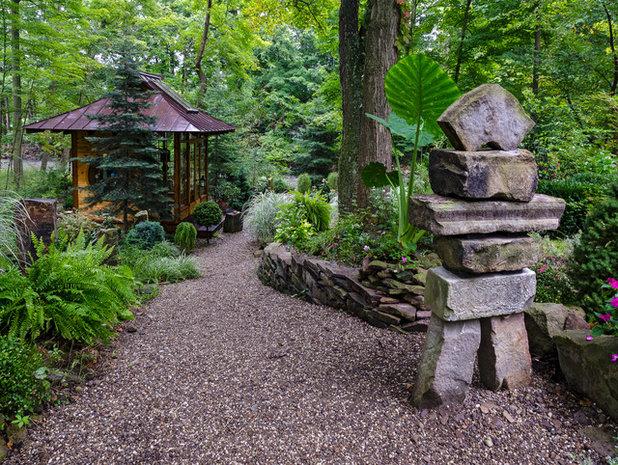 Asian Garden by Miriam's River House Designs, LLC