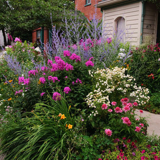 Design ideas for a landscaping in Chicago.