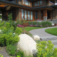 Contemporary Landscape by Bearmark Design & Landscape