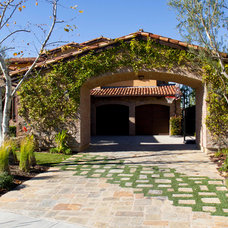 Mediterranean Landscape by Outdoor Concepts Landscape & Design