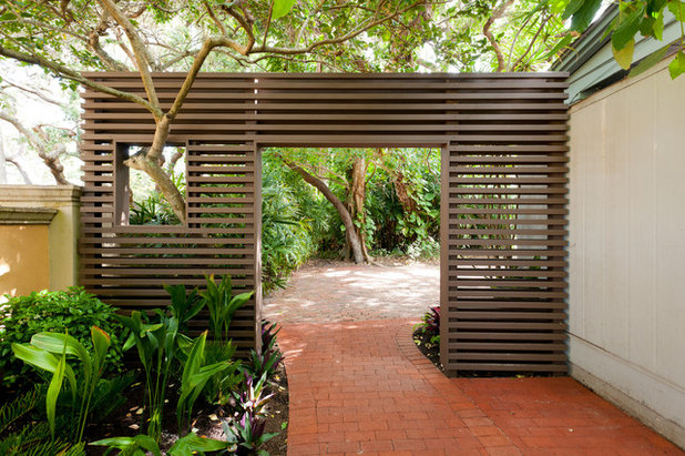 Tropical Garden by Dane Spencer Landscape Architecture