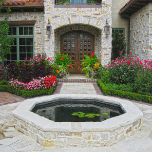 This is an example of a traditional water fountain landscape in Dallas.