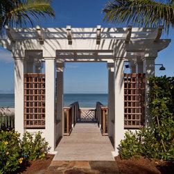 Tropical outdoor shower landscape design ideas pictures for Demaria landtech