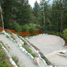 Contemporary Landscape by Grayling Construction