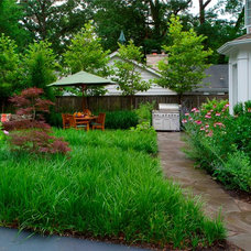 Contemporary Landscape by Architectural Gardens, Inc