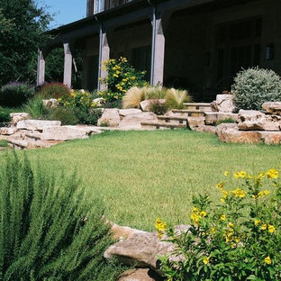 Inspiration for a rustic landscaping in Austin.