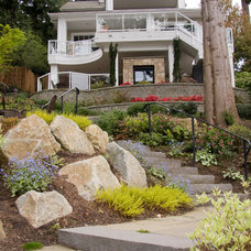 Traditional Landscape by Urban Oasis Design & Construction LLC