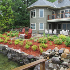Traditional Landscape by Natures Elite Landscaping