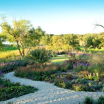 Lakeside Garden - Custom Landscaping - Highland Village, TX