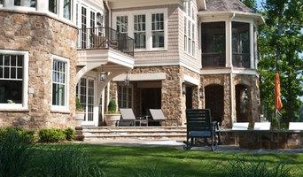 Lakeside Vacation House