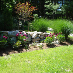 traditional landscape by Slater Associates Landscape Architects