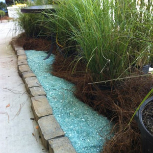 Design ideas for a tropical courtyard landscaping in Charleston.