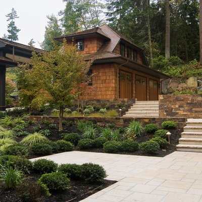 This is an example of a contemporary retaining wall landscape in Seattle.