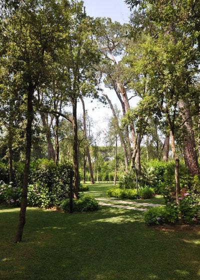 Contemporary Garden by Giuseppe Lunardini Architetto del Paesaggio