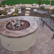 Traditional Landscape by Hiner Landscapes