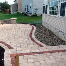 Traditional Landscape Landscaping