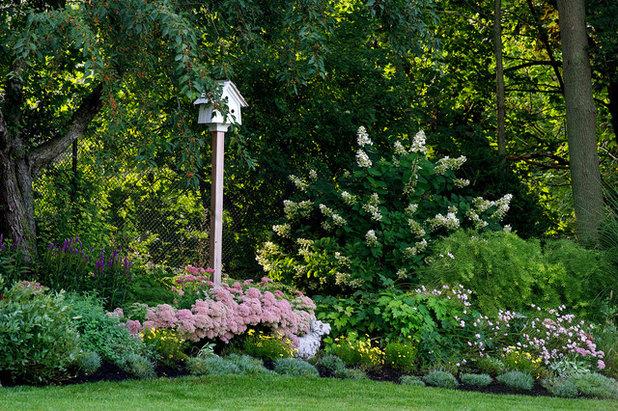 Classique Jardin by Amy Martin Landscape Design