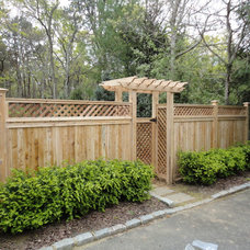 Traditional Home Fencing And Gates by Sunrise Custom Fence