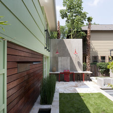 Contemporary Landscape by Loop Design