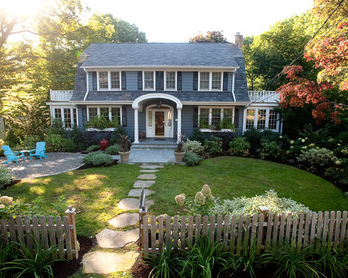 photo of a mid sized traditional full sun front yard stone landscaping in new york - Modern Front Yard Garden Ideas