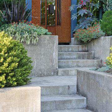 Lilyvilla Garden Gate