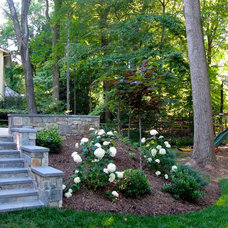 Contemporary Landscape by Lisa Wilcox Deyo Landscape Architecture