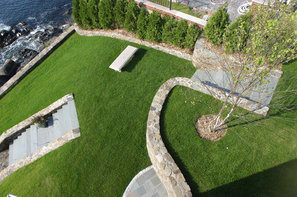 Traditional Landscape by Michael McCloskey Design Group