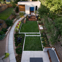 contemporary landscape by O Interior Design