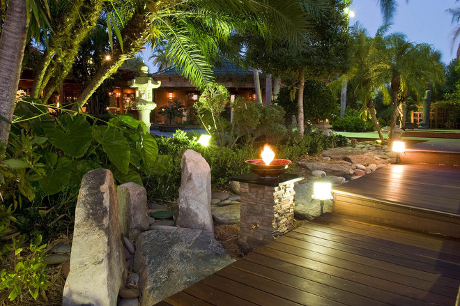 Asian Landscape by Blakely and Associates Landscape Architects, Inc.