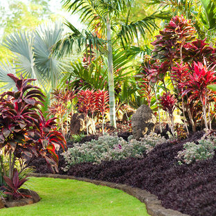 Inspiration for a tropical backyard landscaping in Hawaii.