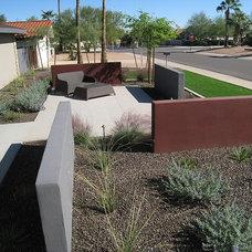 Modern Landscape by Ruben Valenzuela Landscape Architect