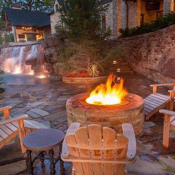 Luxury Pool and Water Feature - Eagles Landing
