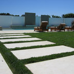 Lounging Area By The Pool Contemporary Landscape San