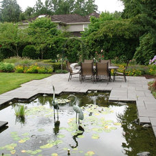 Traditional Landscape by Malone's Landscape Design | Build