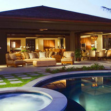 Traditional Landscape by MARYL PACIFIC CONSTRUCTION INC