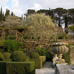 traditional landscape by Grounds by Design - Fine Landscapes