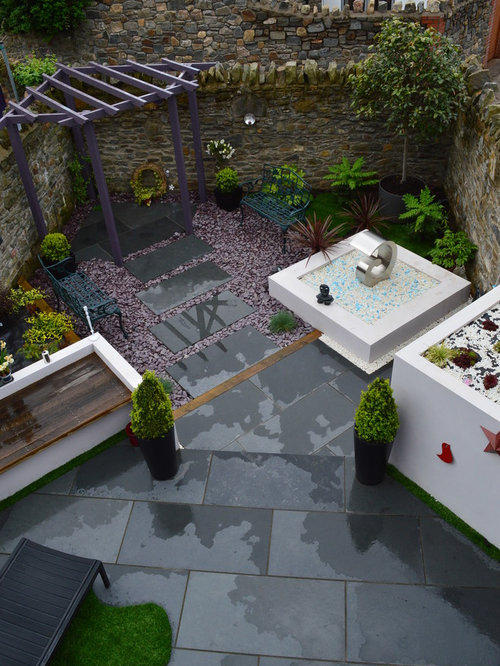 Cardiff home design ideas renovations photos for Courtyard landscaping ottawa