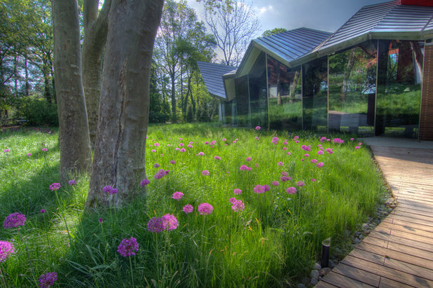 Design a garden by looking at its roots for Jonathan alderson landscape architects