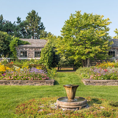This is an example of a traditional water fountain landscape in Minneapolis.