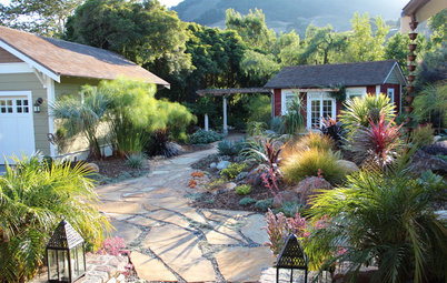 Pave the Way to Landscape Style With Flagstone