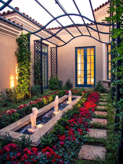 Mediterranean Courtyard Design Ideas, Remodels & Photos