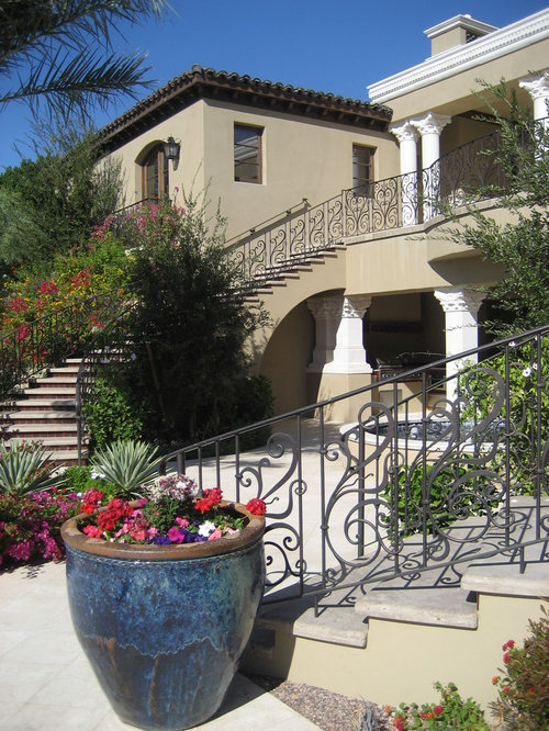 Stucco color home design ideas pictures remodel and decor - Mediterranean garden plants colors and scents ...