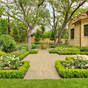 Modelo de jardín francés, mediterráneo, pequeño, en patio