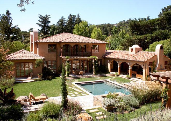 Mediterranean Landscape by Polsky Perlstein Architects
